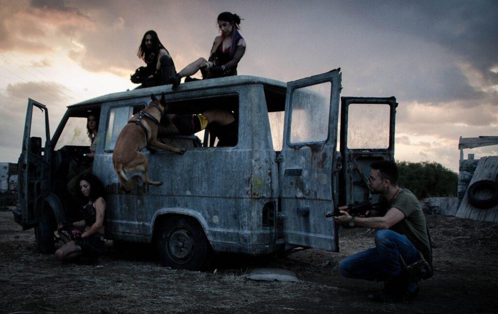 malin vola nel furgone 1