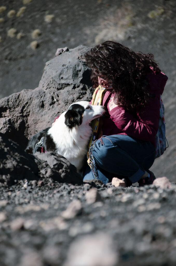 cane e ragazza amore