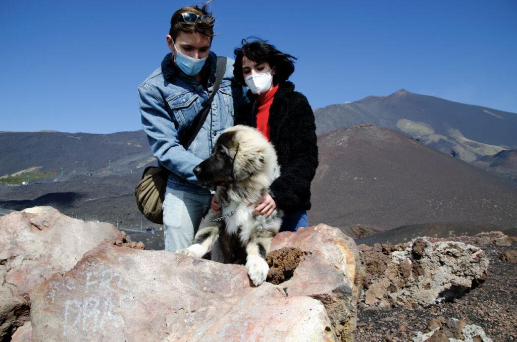 famiglia con caucaso